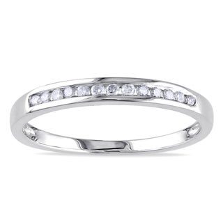 Haylee Jewels 10k White Gold 1/8ct TDW Diamond Band (J-K, I2-I3)