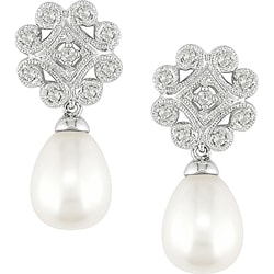 Miadora 10k Gold FW Pearl and 1/5ct TDW Diamond Drop Earrings (8-8.5 mm) (I-J, I2-I3)