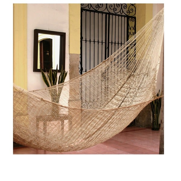 Glowing Copper Outdoor Beach Garden Patio Pool Shimmering Unique Brown Handmade Knotted Rope Style Nylon Single Hammock (Mexico)