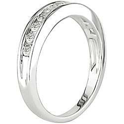 14k White Gold 1/2ct TDW Round Channel Set Diamond Band (H-I, I1-I2)
