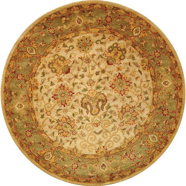 Safavieh Handmade Antiquities Mashad Ivory/ Green Wool Rug (8' Round)