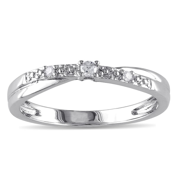 Haylee Jewels 10k White Gold Diamond Promise Ring (K-L, I2-I3)