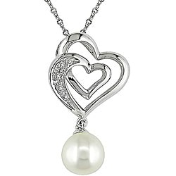 Miadora 10k Gold Diamond and FW Pearl Heart Necklace