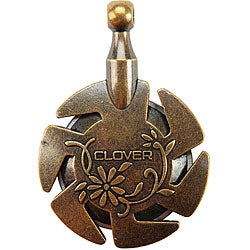 Clover Antique Gold Yarn Cutter Pendant