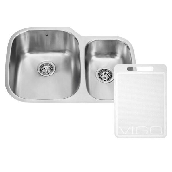 VIGO 30-inch Undermount Stainless Steel Kitchen Sink