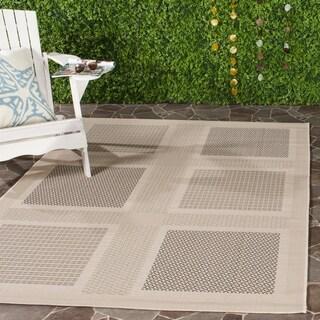 Safavieh Indoor/ Outdoor Lakeview Sand/ Black Rug (4' x 5'7)