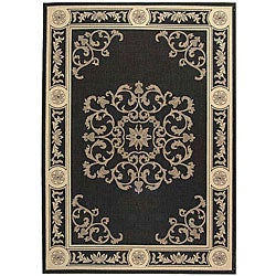 Safavieh Indoor/ Outdoor Sunny Black/ Sand Rug (6'7 x 9'6)