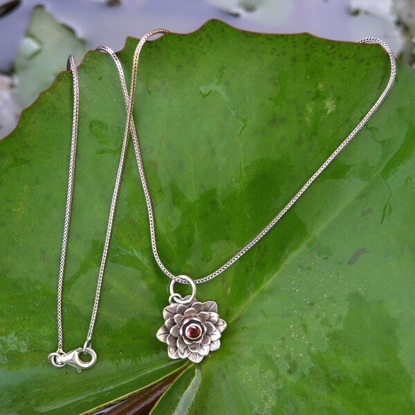 Sacred Red Lotus Handmade Women's Clothing Accessory Sterling Silver Flower Red Garnet Gemstone Jewelry Necklace (Indonesia)