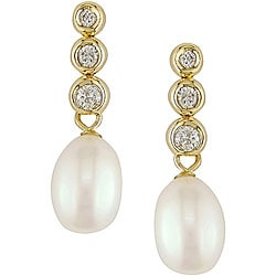 Miadora 14k Gold White Pearl and 1/3ct TDW Diamond Earrings (7 mm)