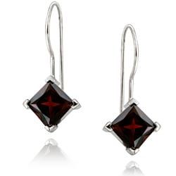 Glitzy Rocks Sterling Silver Garnet Diamond-shaped Drop Earrings
