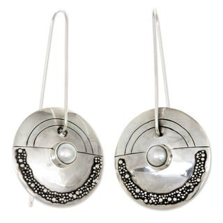 Pearl 'Moonlight Sand' Earrings (Indonesia)