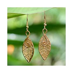 22k Goldplated 'Forest Duet' Natural Leaf Earrings (Thailand)