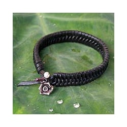 Leather 'Black Rose Nest' Pearl Bracelet (Thailand)