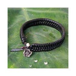 Leather 'Black Rose Nest' Pearl Bracelet (Thailand)