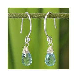 Sterling Silver 'Dewdrops' Blue Topaz Earrings (Thailand)