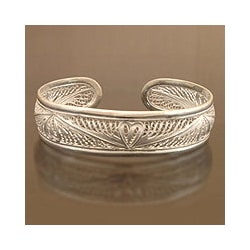 Sterling Silver 'Nature's Heart' Bracelet (Indonesia)