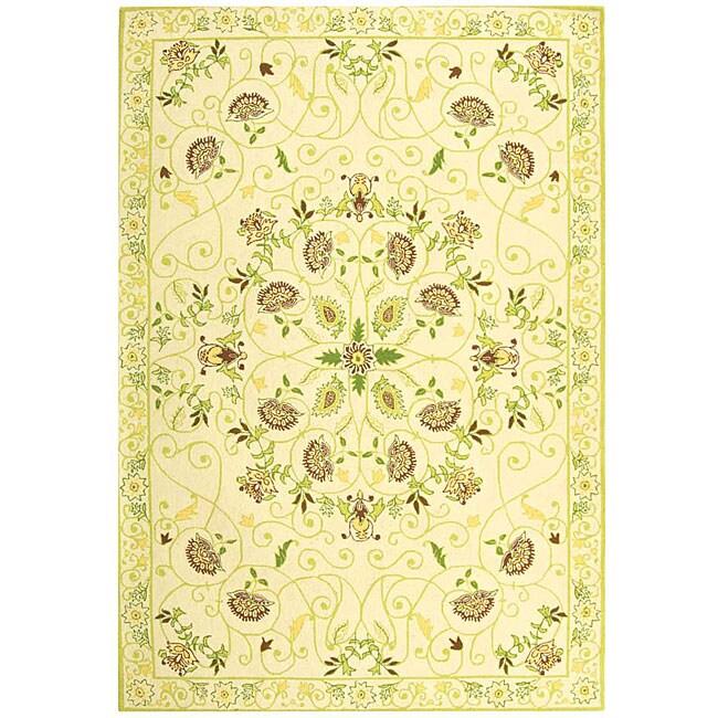 Safavieh Hand-hooked Bedford Ivory/ Green Wool Rug (6' x 9')