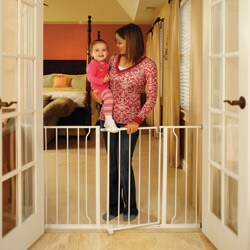 Regalo Easy Open Extra-wide Metal Gate