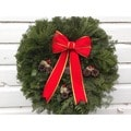 Fresh-cut Maine Traditional Christmas Wreath