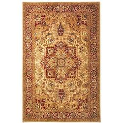 Handmade Classic Heriz Gold/ Red Wool Rug (7'6 x 9'6)