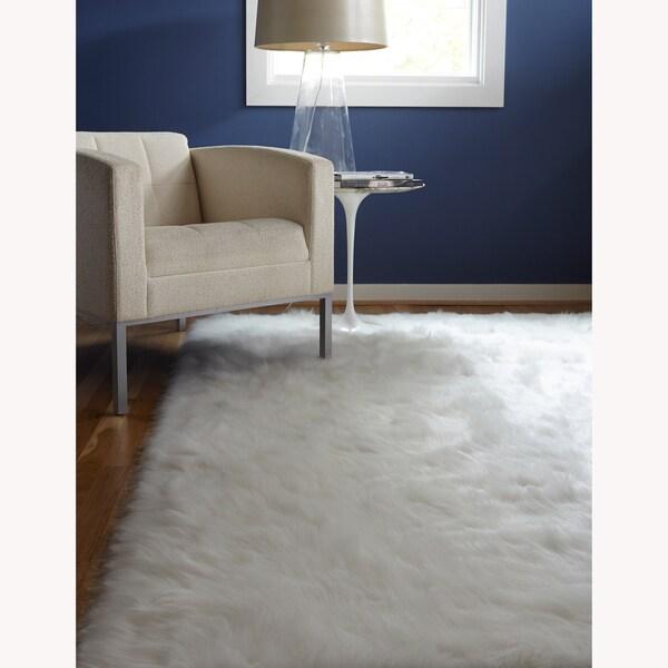 Sheep Skin Jungle White Rug (5' x 7'6)