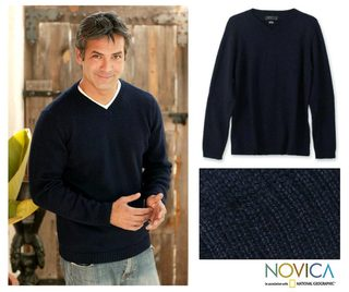 Alpaca Wool 'Oceanic' Men's Navy Blue Sweater (Peru)