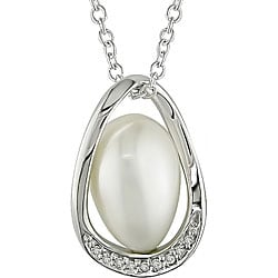 Sterling Silver Diamond and FW Pearl Necklace (9-10 mm)