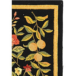 Country Hand-Hooked Garden Black Wool Rug (2'9 x 4'9)