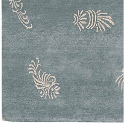 Hand-knotted Shell Motif Wool Rug (2'6 x 10')