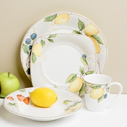 Red Vanilla Fruit Salad 16-piece Dinnerware Set