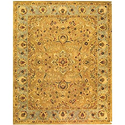 Handmade Classic Heirloom Beige Wool Rug (5' x 8')