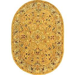 Safavieh Handmade Classic Heirloom Beige Wool Rug (4'6 x 6'6 Oval)