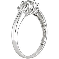 Miadora 14k Gold 1/2ct TDW 3-stone Diamond Engagement Ring (H-I, I1-I2)
