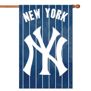 Party Animal New York Yankees 44-inch x 28- inch Banner Flag