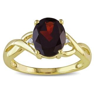 Miadora Women's 10-karat Yellow-gold Deep-red Garnet Diamond Ring