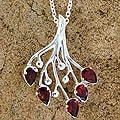 Silver 'Rosebuds' Garnet Floral Necklace (India)