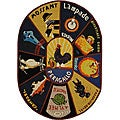 Hand-hooked Vintage Poster Wool Rug (4'6 x 6'6 Oval)