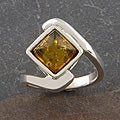 Sterling Silver Baltic Amber 'Crossover' Ring (Thailand)