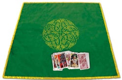 Celtic Labyrinth Velvet Tarot Cloth (Paperback)