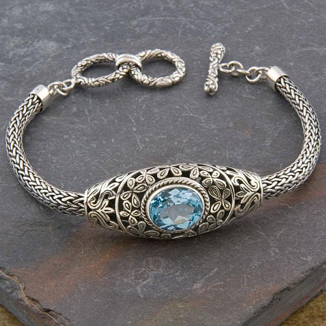 Sterling Silver 'Cawi' Blue Topaz Toggle Bracelet (Indonesia)