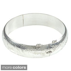 Sterling Essentials Silver 7-inch Hand-engraved Bangle Bracelet (15mm)