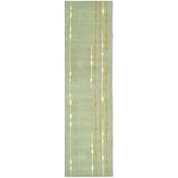 Handmade Soho Vines Mint Green N. Z. Wool Runner (2'6 x 10')
