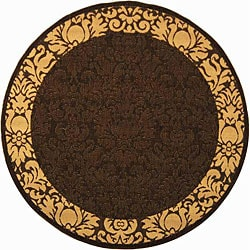 Safavieh Indoor/ Outdoor Kaii Chocolate/ Natural Rug (5'3 Round)