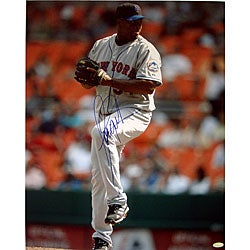 New York Mets Jorge Julio Pitching Vertical 16x20 Photograph