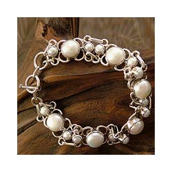 Sterling Silver 'Clarity' Pearl Link Bracelet (India)
