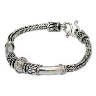 Handmade Sterling Silver Thai Legend White Ornate Pendant Braided Bracelet (Thailand)