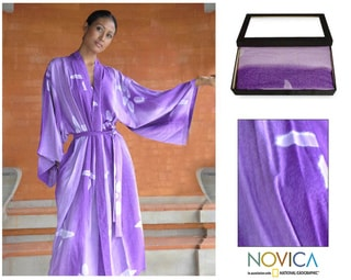 Women's 'Kissed by Violet' Batik Robe (Indonesia)