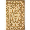 Hand-hooked Iron Gate Ivory/ Gold Wool Runner (2'6 x 4')