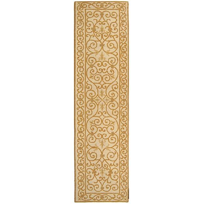 Safavieh Hand-hooked Iron Gate Ivory/ Gold Wool Runner (2'6 x 6')