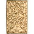 Hand-hooked Iron Gate Ivory/ Gold Wool Rug (2'9 x 4'9)